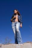 женщина голубых джинсов Стоковые Изображения RF