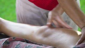 Видео массаж девушке найти индивидуалку по номеру телефона