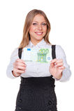 Женщина держа 100 евро Стоковые Изображения RF