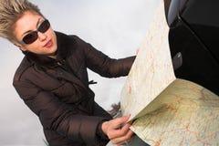 женщина дороги карты Стоковая Фотография