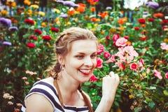 женщина лета сада Стоковая Фотография