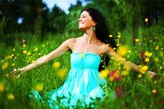 женщина лета цветка поля Стоковая Фотография