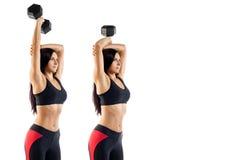 Женщина делая тренировку с гантелью на бицепсе стоковые фотографии rf