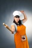 женщина завальцовки штыря кашевара стоковое фото rf