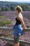 женщина загородки стоковые изображения rf