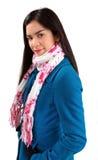женщина зимы красивейшего шарфа пальто нося Стоковые Фотографии RF