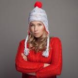женщина зимы красивейшей одежды нося Стоковое Изображение RF