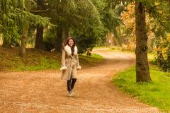женщина зимы одежды Стоковые Изображения