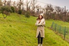женщина зимы одежды Стоковые Фото