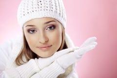 женщина зимы способа Стоковые Изображения