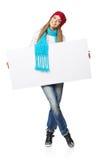Женщина зимы с белым знаменем Стоковая Фотография