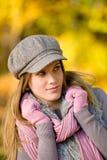 женщина износа парка модели способа крышки осени Стоковые Фото