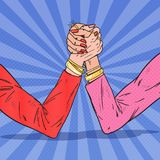 Женщина искусства шипучки вручает Armwrestling Соперничество женщины, конкуренция, конфликт иллюстрация штока