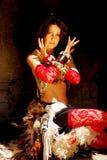 Женщина исполнительницы танца живота Стоковые Изображения