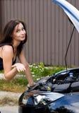 Женщина и автомобиль стоковые фото