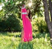 Женщина и платье Стоковое Фото