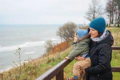 Женщина и ребенок Стоковые Фото