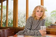 женщина кафа стоковые фотографии rf
