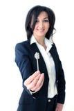 женщина ключа удерживания руки дела Стоковое фото RF