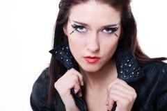 женщина кожи куртки брюнет сексуальная Стоковое фото RF