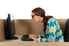 женщина компьютера бормотушк коробки стоковое фото