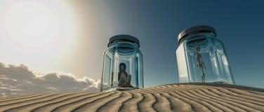 женщина, который заперли в стеклянной шлюпке в пустыне стоковое фото