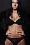 Женщина красивейшего брюнет сексуальная Стоковая Фотография