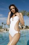 женщина красивейшего сексуального swimwear нося Стоковые Фото