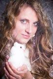 женщина красивейшего dove белая стоковые фото