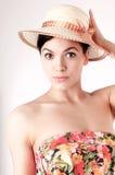женщина красивейшей сторновки шлема нося Стоковая Фотография