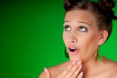женщина красивейших серег брюнет зеленая Стоковые Фото