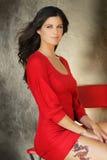 женщина красного цвета платья Стоковые Изображения RF