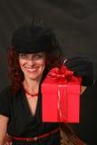 женщина красного цвета подарка Стоковое Фото