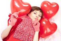 женщина красного цвета сердца воздушного шара Стоковое Изображение RF