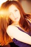 женщина красной весны портрета волос девушки способа принципиальной схемы Портрет лета Стоковое Изображение