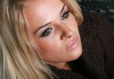 Женщина красотки белокурая Стоковые Фото