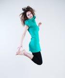 женщина красотки скача Стоковое Изображение RF