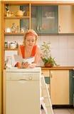 женщина кухни прибора новая Стоковое Изображение
