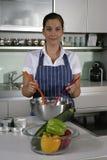 женщина кухни Стоковые Фото