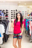 женщина магазина одежды стоковое изображение