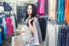 женщина магазина одежды Стоковое Изображение RF