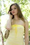 женщина мобильного телефона Стоковая Фотография RF