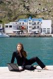 женщина моря компьтер-книжки Стоковое Фото