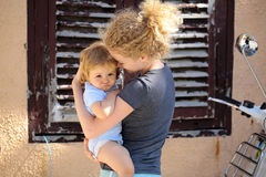 женщина младенца напольная Стоковое фото RF