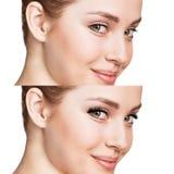 Женщина наблюдает перед и после расширением ресницы стоковое фото