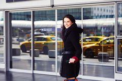 Женщина на авиапорте Стоковая Фотография RF