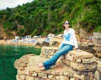 Женщина на каникулах стоковое изображение rf