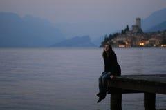 Женщина на озере Garda Стоковое фото RF