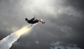 Женщина на ракете космоса Мультимедиа стоковое изображение rf