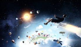 Женщина на ракете космоса Мультимедиа стоковая фотография